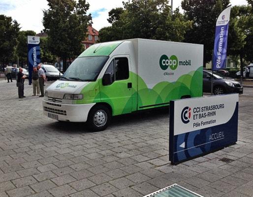 Camion de livraison de la Coop, la nouvelle stratégie n'aura pas eu le temps de porter ses fruits (Photo Coop Alsace)