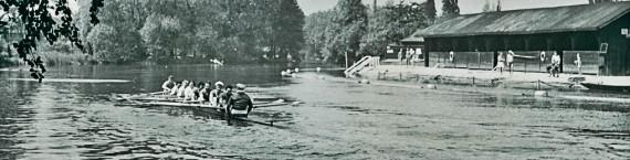 Baignade du Herrenwasser (à droite) dans les années 1930 (CAS / Archi-Strasbourg)