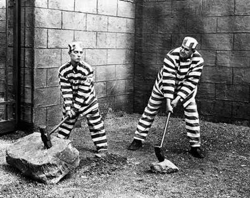 Le travail en prison a évolué, mais il reste très favorable aux entreprises (-)