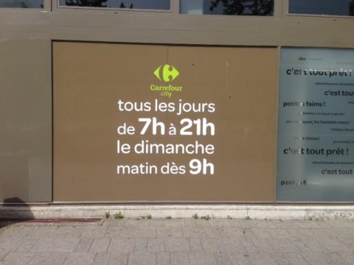 """Le dimanche, les horaires sont seulement """"à partir de"""" et sans heure de fin (photo JFG / Rue89 Strasbourg)"""