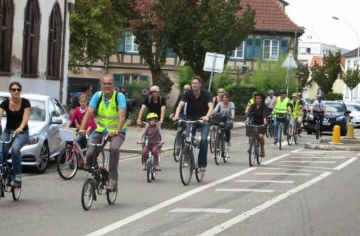 Le mouvement milite pour des pistes cyclables à la Robertsau (Photo Facebook de la page Robertsau : Vite des Pistes Cyclables - Strasbourg).