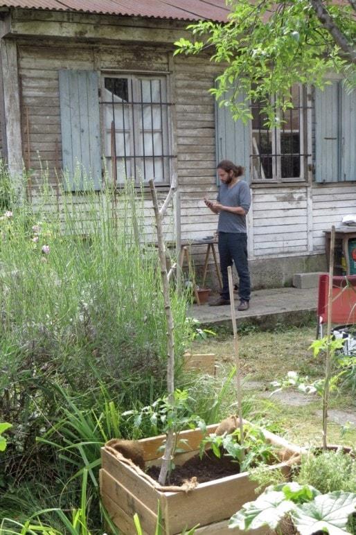 Un jardin inattendu pour un atelier d'artiste (Photo MG/Rue89Strasbourg)