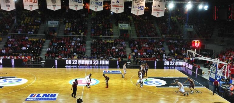 Un écran géant place Kléber pour les deux matches de finale de la SIG