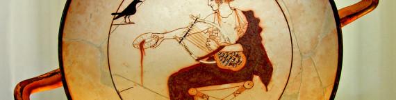 Apollon jouant de la lyre, sur un plateau du Ve siècle av. J.-C. - (Photo Dennis Jarvis / Flickr / cc)