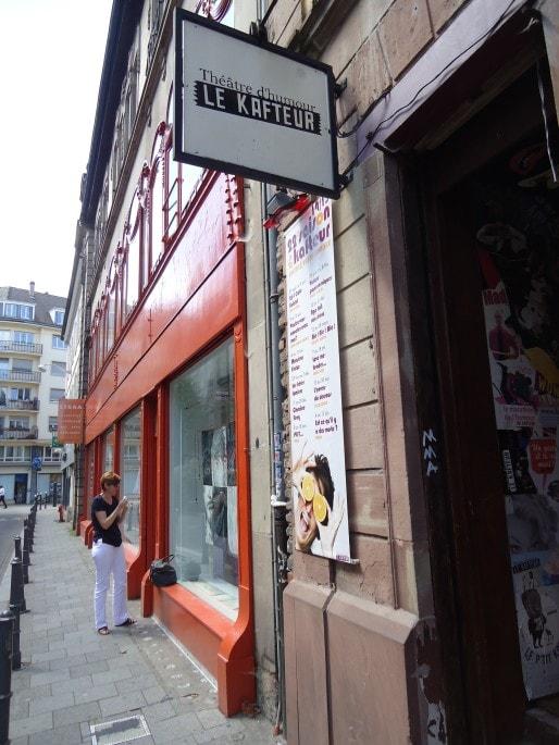 """Le théâtre """"de poche"""" du Kafteur, rue Thiergarten, à deux pas de la gare (Photo MB / Rue89 Strasbourg)"""