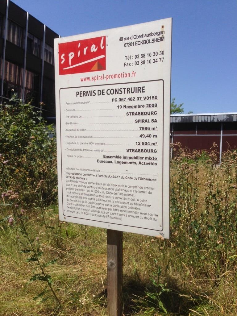 Deux projets pour mettre fin l 39 abandon de la maison du for Combien de temps est valable un permis de construire