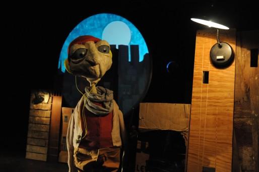 """De la marionnette au TJP, mais pas que (Spectacle """"Lampe"""", photo Marc Maillard)"""