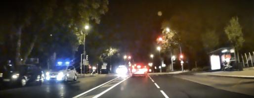 La police fait un contrôle de vitesse pendant que la prostitution continue à quelques mètres (Photo Rue89Strasbourg)