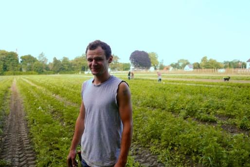 David Hornecker dans son exploitation cet été - Photo EJ / BDLR