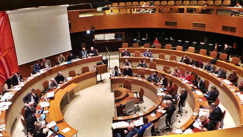 Municipales: vers un rapprochement de deux démarches à gauche