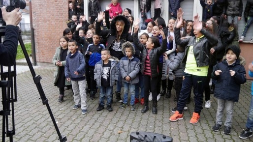 Les enfants du CSC lors du tournage du clip (Document remis)