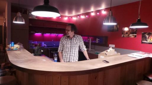 Jean-Luc Falbriard, directeur artistique de l'Espace K, presque prêt à accueillir les nouveaux spectateurs (Photo PF / Rue89 Strasbourg / cc)