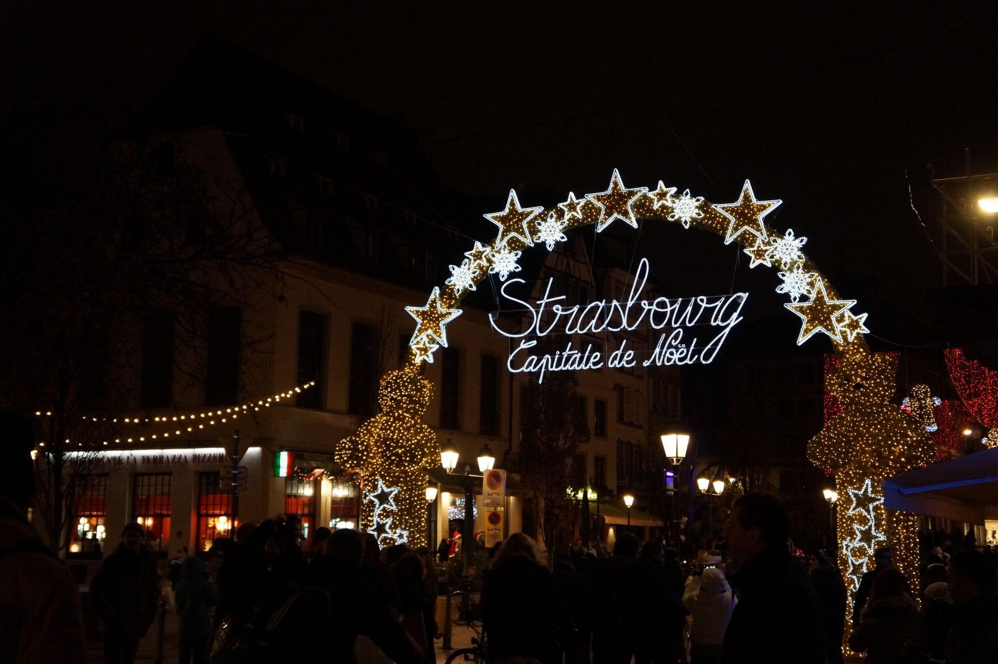 La ville remet en question la gestion des illuminations de for Rue du miroir strasbourg