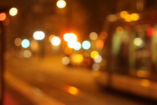 Le tramway se fait attendre à Koenigshoffen (Photo Nathan Hadley / FlickR / cc)