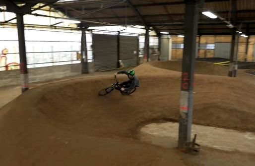 Un gigantesque « bike park indoors » à Strasbourg
