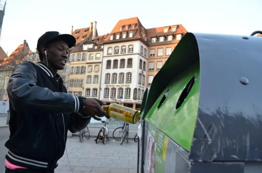 Les nouveaux conteneurs doivent être incitatifs, selon leurs promoteurs (Photo : BW / Rue89 Strasbourg)