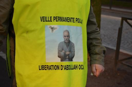 Le leader kurde est toujours emprisonné en Turquie, sur l'île d'Imrali (Photo BW / Rue89 Strasbourg).