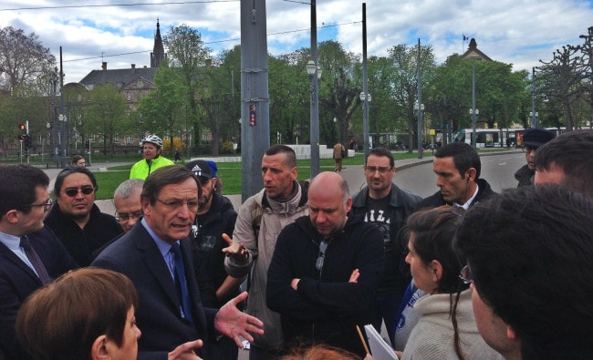 Robert Herrmann a rencontré les participants du mouvement Nuit Debout pour la première fois (photo JFG / Rue89 Strasbourg)