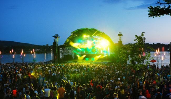 Assistez aux concerts les pieds dans le sable à La Plage (Photo : Eurockéennes de Belfort)