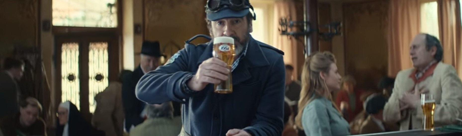 Éric Cantona refait le coup de l'Alsace traditionnelle pour Kronenbourg