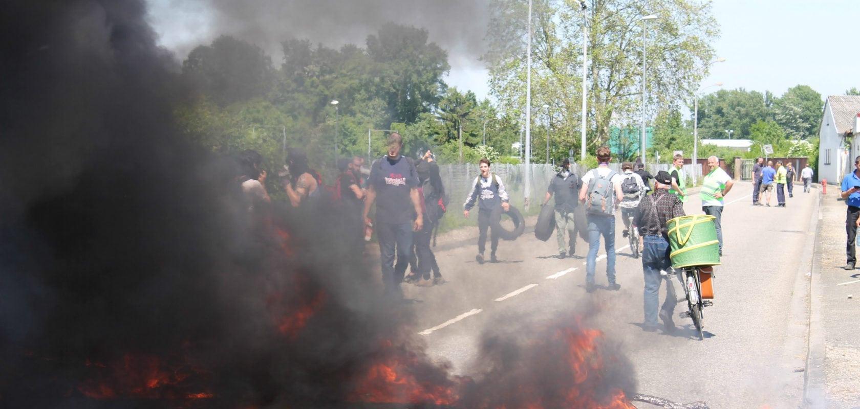 Le port aux pétroles brièvement bloqué par une trentaine de manifestants