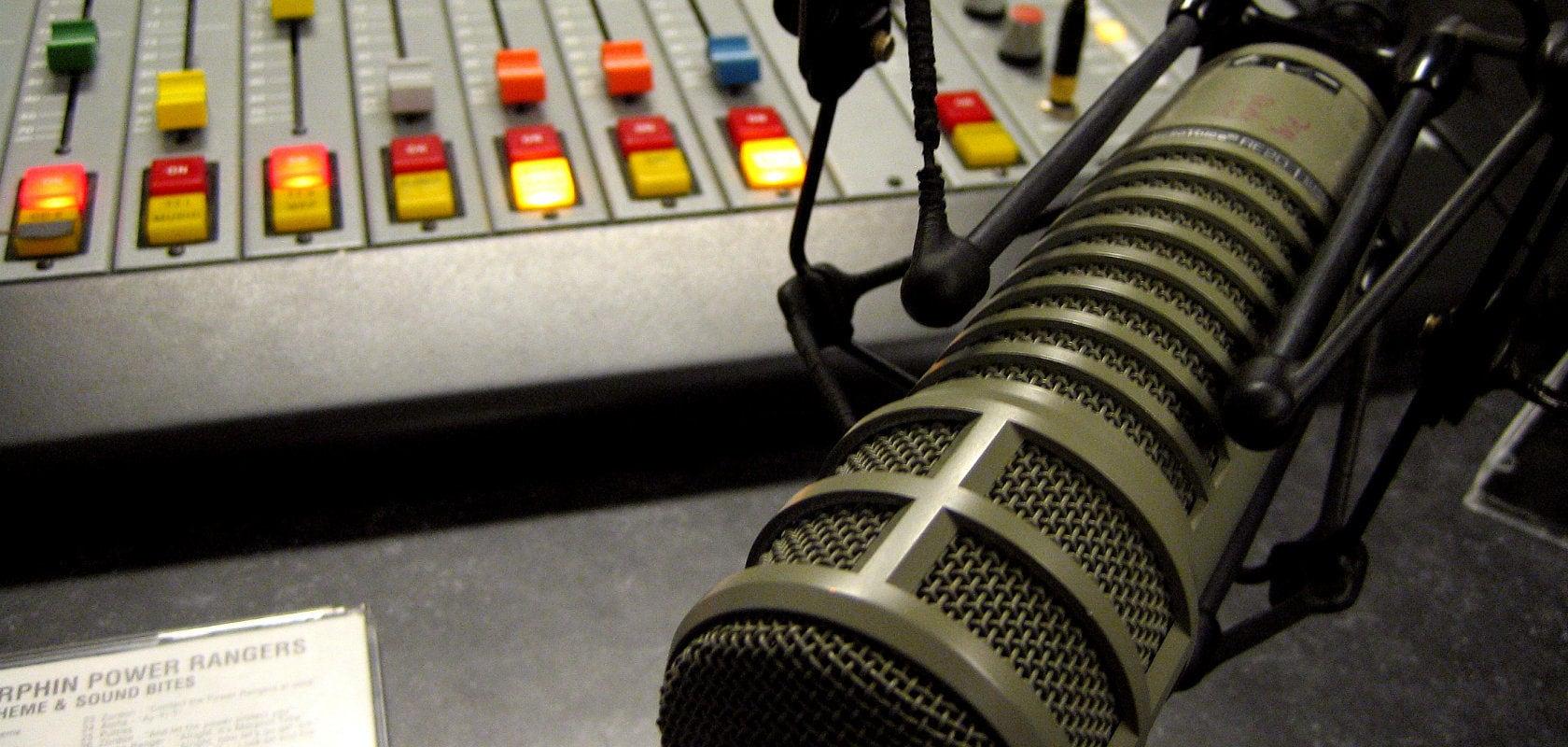 Législative partielle : réécoutez l'interview radio d'Éric Elkouby