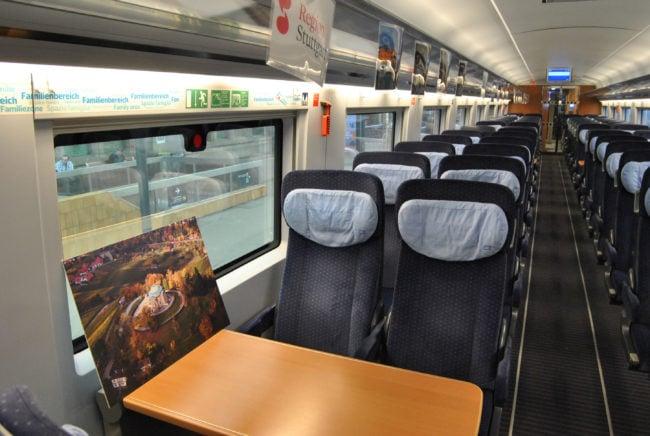 L'exposition aura lieu demain. Ici, un wagon de seconde classe. (Photo: BB / Rue89 Strasbourg)