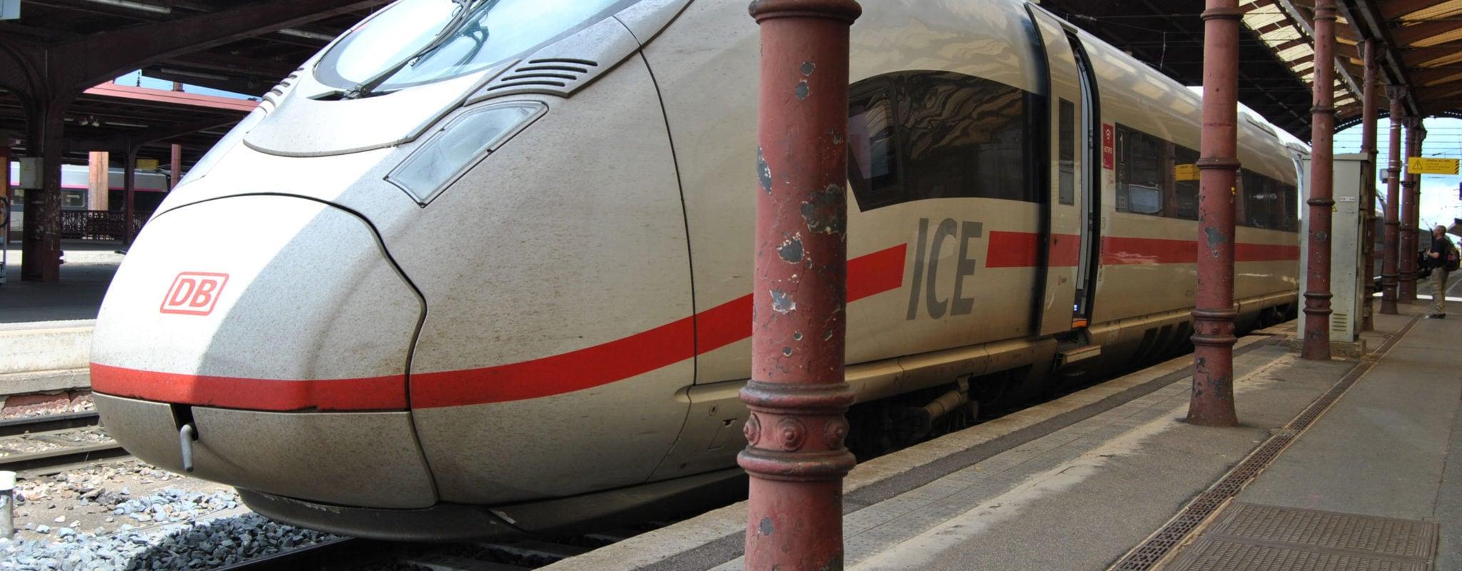 Strasbourg Francfort Train : nouveaux trains allemands strasbourg 1h45 de francfort 3 fois par jour ~ Medecine-chirurgie-esthetiques.com Avis de Voitures