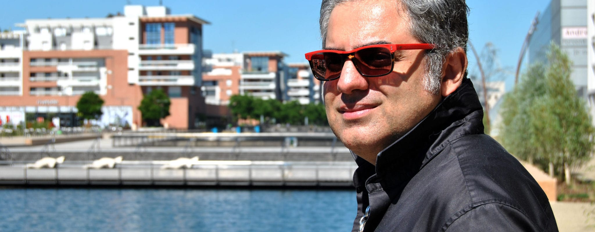 Chanteur d'opéra iranien, Leonardo Tajabadi est menacé de mort jusque dans son exil à Strasbourg