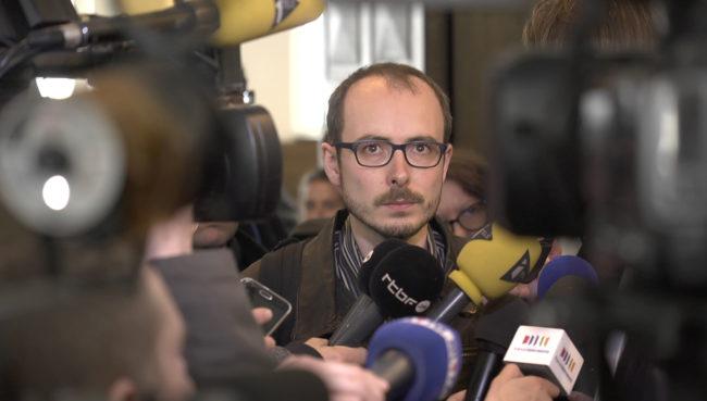 Antoine Deltour à la sortie des audiences (photo Garbriel Laurent / document remis)