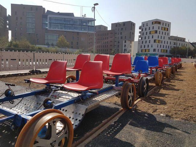 Les draisines à pédales pour parcourir les lignes du tramway (Photo Alain Fontanel / Facebook)