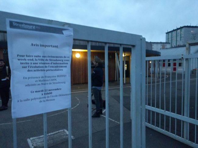 Plus de 130 parents d'élèves se sont rendus à la réunion organisée par la Ville (Photo PF / Rue89 Strasbourg / cc)