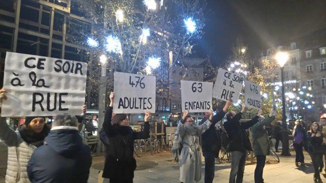 """Le 25 novembre, le collectif """"sans dents mais pas sans droits"""" avait tenu à rappeler que ce n'était pas Noël pour tout le monde (Photo collectif / Facebook)"""