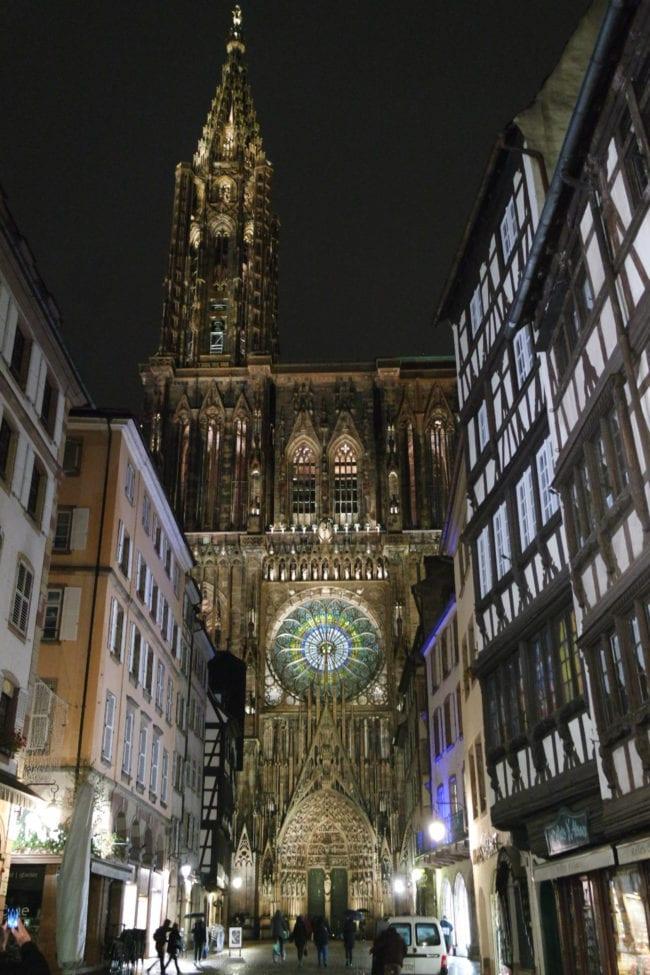 La cathédrale s'est parée d'un nouvel éclairage à l'automne 2016 (Photo DL/Rue 89 Strasbourg/cc)