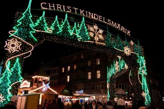 L'arche Christkindelsmärik a été retirée pour être rénovée et faire de la place (Photo LenDog64 / FlickR / cc)