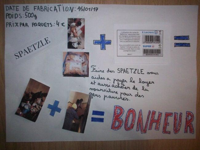 Publicité artisanale créée par les enfants résidant à Tom's fair house, pour leur vente de Spätzle (Photo DL/Rue 89 Strasbourg/cc)