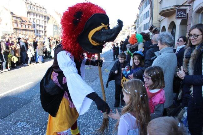 La municipalité prévoit 500 kilos de bonbons (photo JFG / Rue89 Strasbourg)