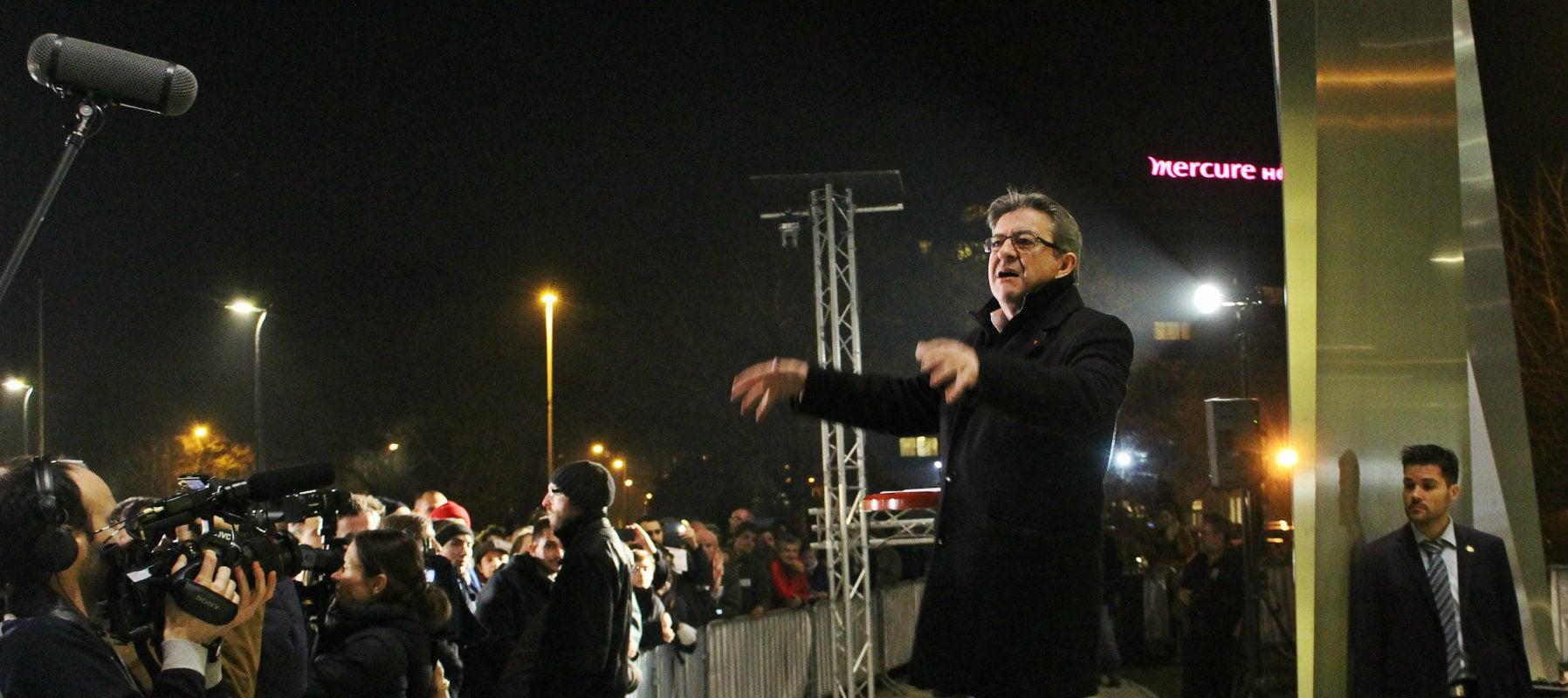 Jean-Luc Mélenchon propose d'être le candidat d'une alliance à gauche