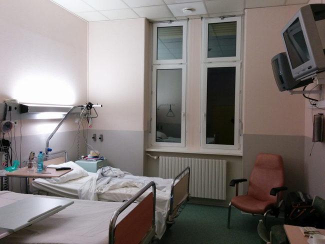 Les syndicats dénoncent des chambres moins propres dans les HUS (Photo Randalfino/FlickR/cc)