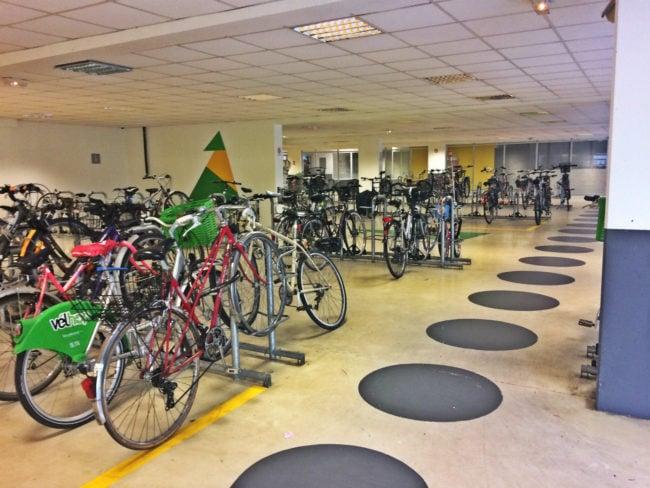 Le vélo-parc Sainte-Aurélie est désormais réservé aux abonnés (Photo JFG / Rue89 Strasbourg / cc)