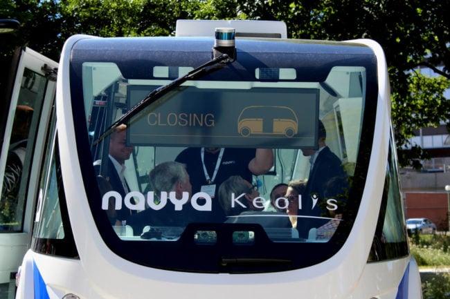 La navette Navya fonctionne de manière autonome sur des trajets connus. (Morgane Carlier/Rue89 Strasbourg)