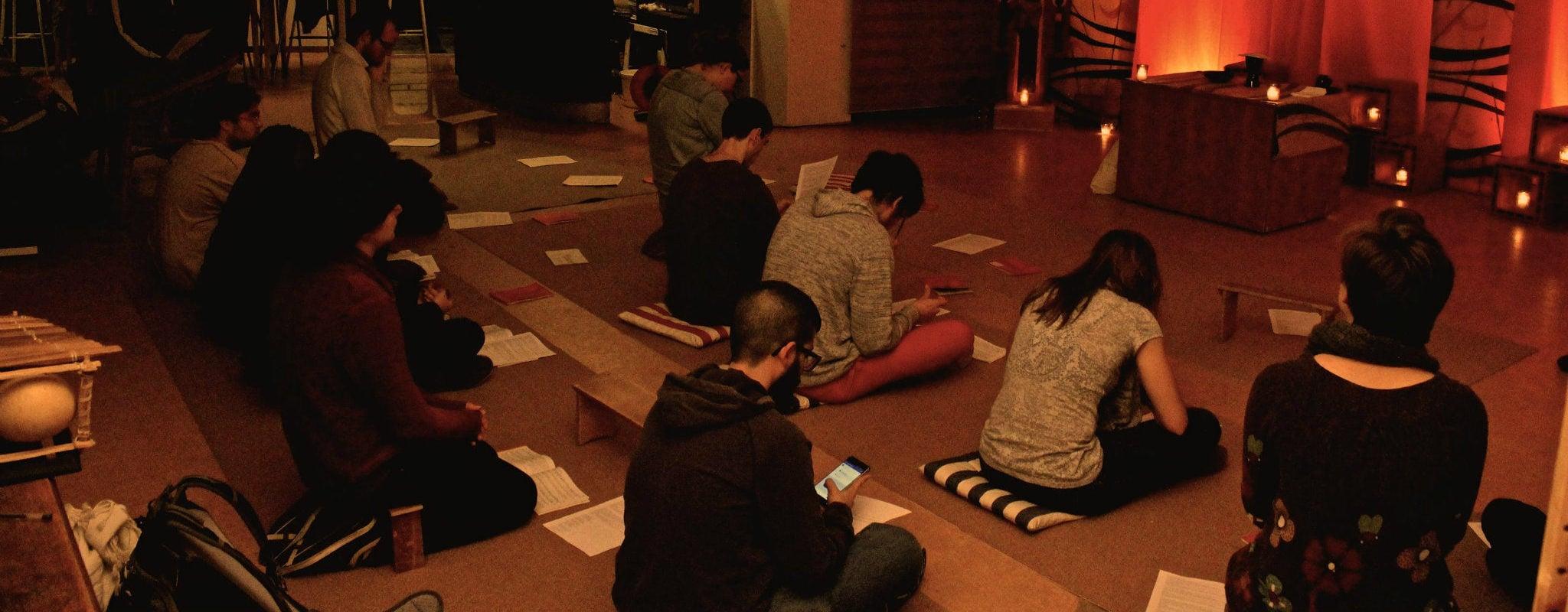 Jeunes strasbourgeois et catholiques pratiquants, ils veulent revisiter les traditions