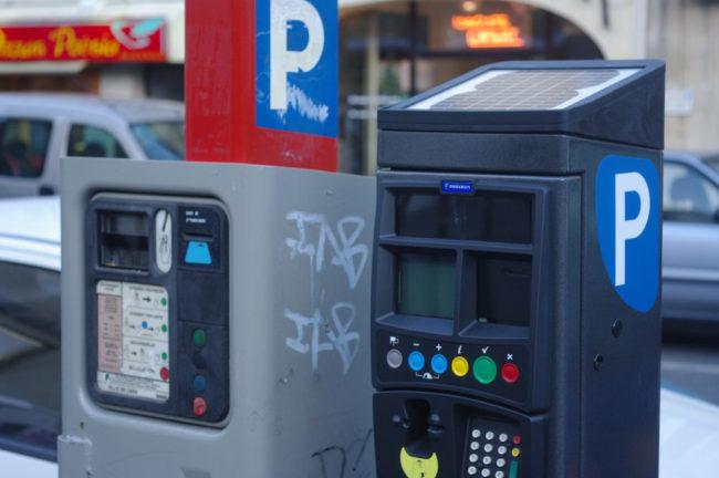 Pas de panique cependant, garer son véhicule en ville sera toujours aussi cher (Photo FlickR / cc)