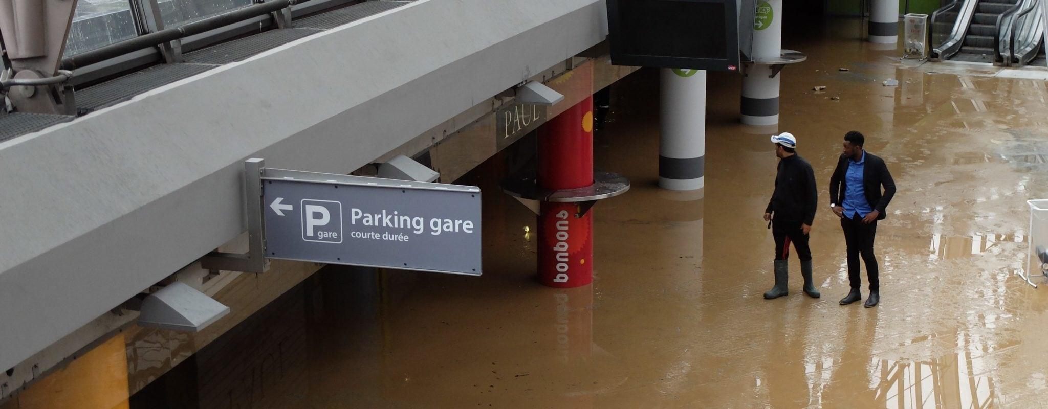 La gare de Strasbourg se réveille sous les eaux