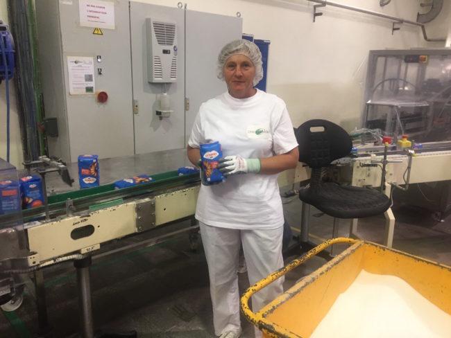 Danielle Juif, employée à la sucrerie d'Erstein, ne se formalise pas de la fin des quotas. (Photo CS / Rue89 Strasbourg / cc)