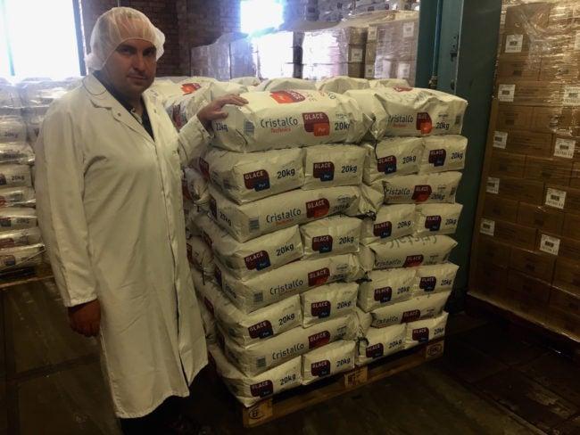 Yann Georgelin est en charge des activités de conditionnement des produits de la sucrerie d'Erstein. Il veut que ses salariés soient conscients des défis engendrés par la fin des quotas sucriers dans l'UE. (Photo CS / Rue89 Strasbourg / cc)
