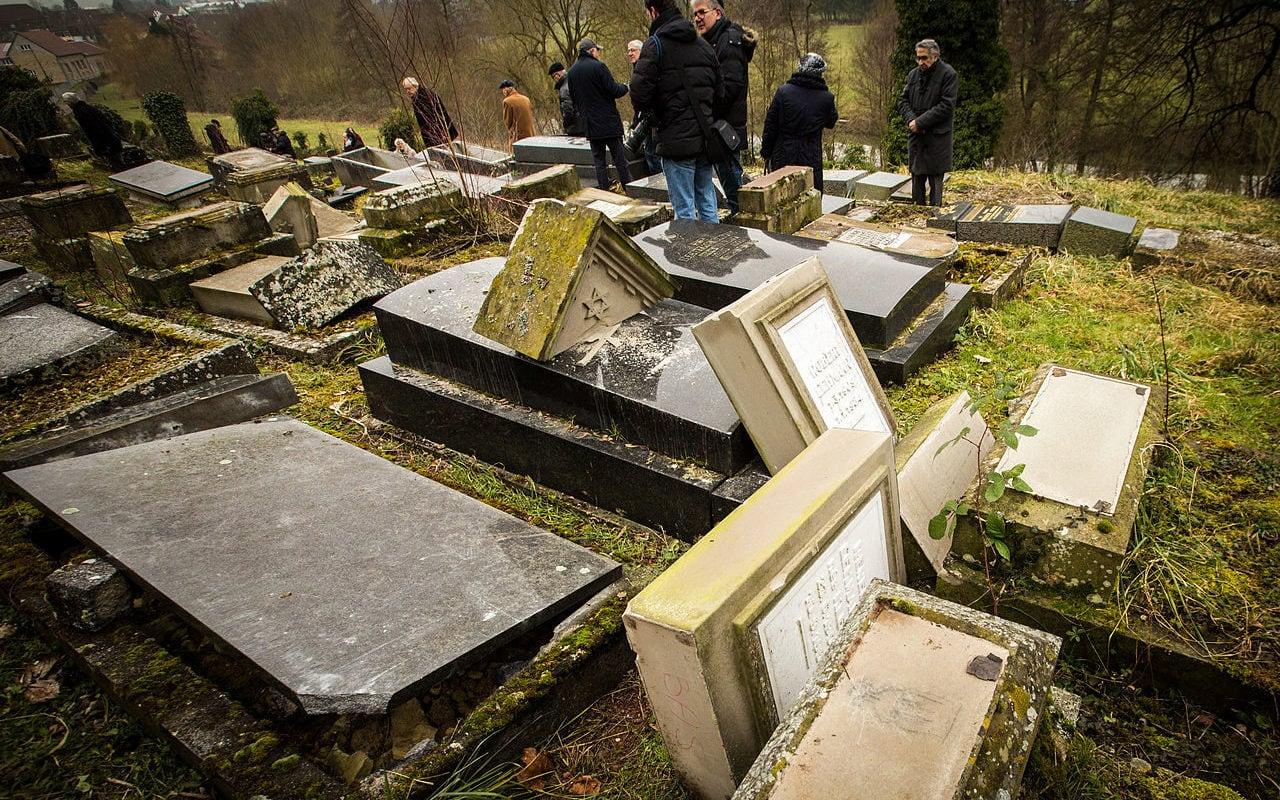 Profanation du cimetière juif de Sarre-Union : prison avec sursis requis par le procureur