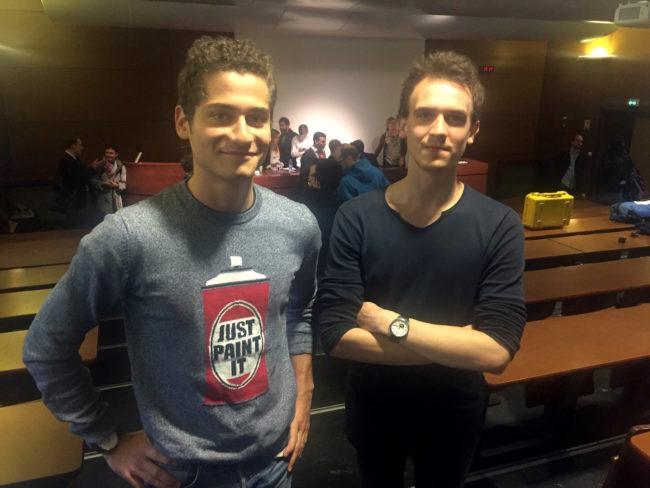 Yoann Jacquet (à droite) et William Garcia, étudiants en 4e année à l'IEP, regrettent le manque de visibilité des institutions européennes (Photo CS / Rue89 Strasbourg / cc)