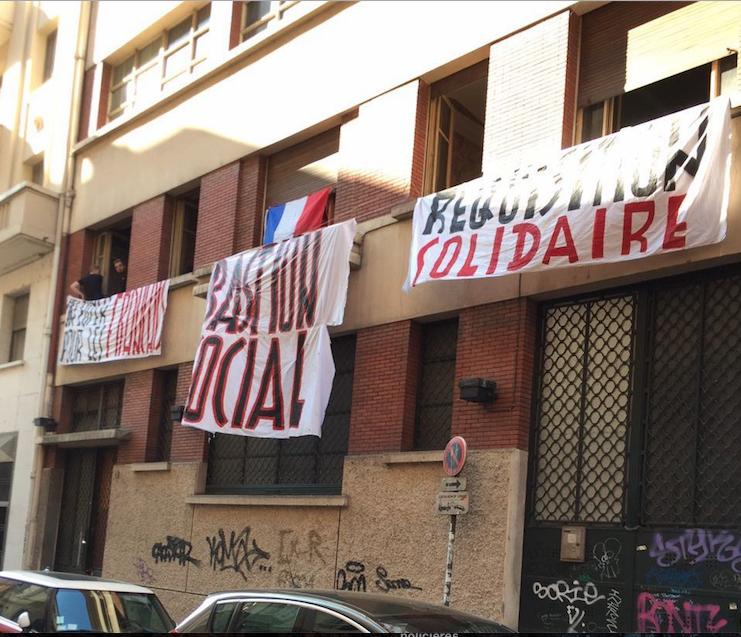 Des identitaires du «bastion social» ouvrent un bar associatif à Strasbourg