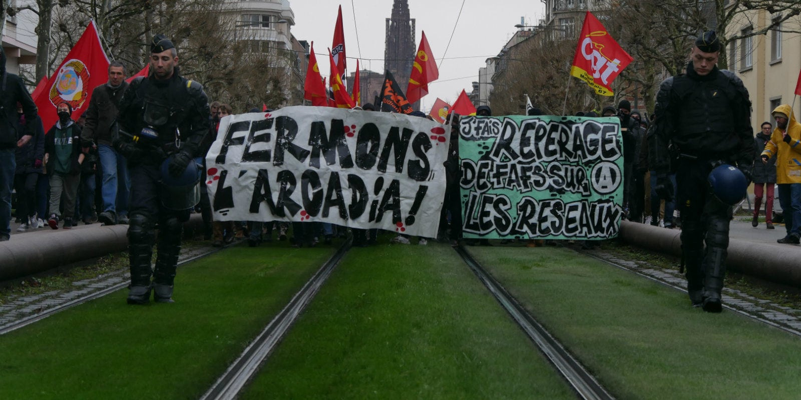 500 manifestants et de nouveaux soutiens à la lutte contre le Bastion Social Strasbourg